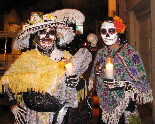 In this country, dressing up for Day of the Dead has become an alternative to costuming for Halloween. This is definitely not a widespread custom in Mexico, where the focus is more on creating altars and visiting the dead at the panteon or cemetery. Photo by Carnaval Studios.